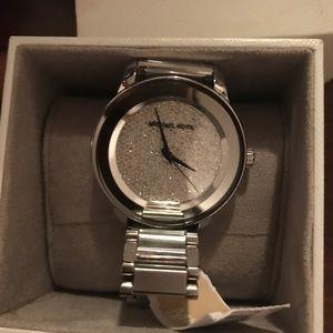 Michael Kors Sliver Watch .